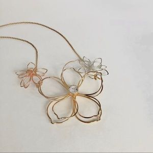 Gold silver Floral necklace with zircon